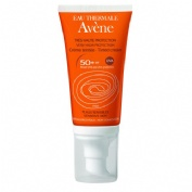 avene crema coloreada + regalo mascara de pestañas